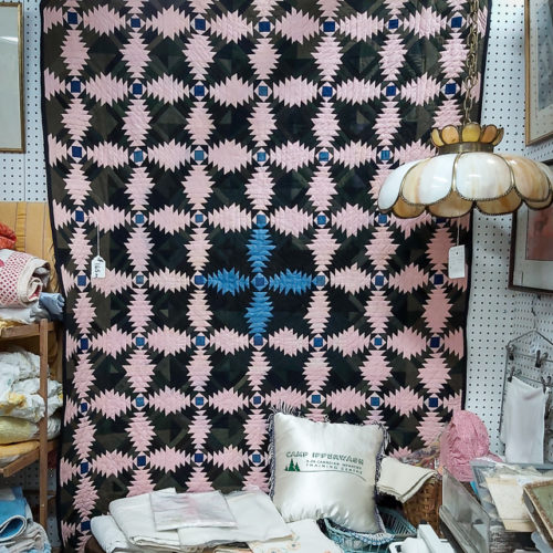 1900 Log Cabin Quilt - Waterloo Country